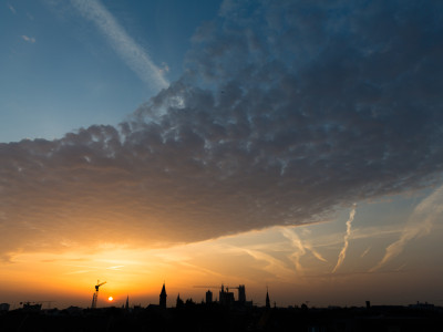 Gent Sunrise 20130822 6.56am – 24mm