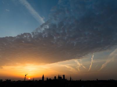Gent Sunrise 20130822 6.56am – 24mm